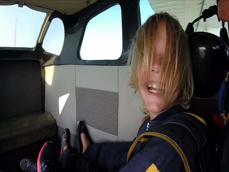 Teo v letalu