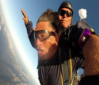 skok s padalom v tandemu Paul